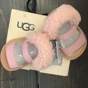 Ugg I Dorien SIZE 2/3 pink furry sandals BRAND NEW